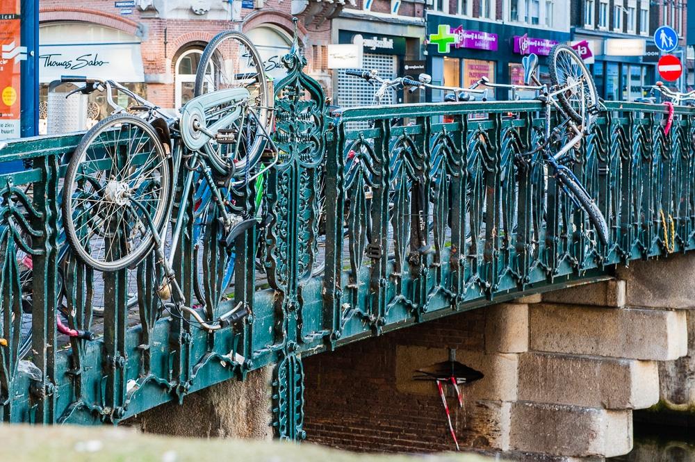 Fotos - Amsterdam und die Fahrräder, (Foto copyright - Frank Weber - Berlin - fotologbuch.de)