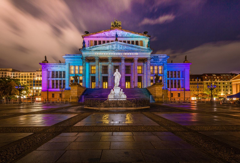 Festival of Lights - Gendarmenmarkt, (Foto copyright - Frank Weber - Berlin - www.fotologbuch.de)