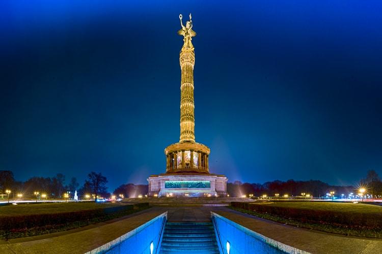 Berlin Großer Stern – ein Panorama nachts fotografiert