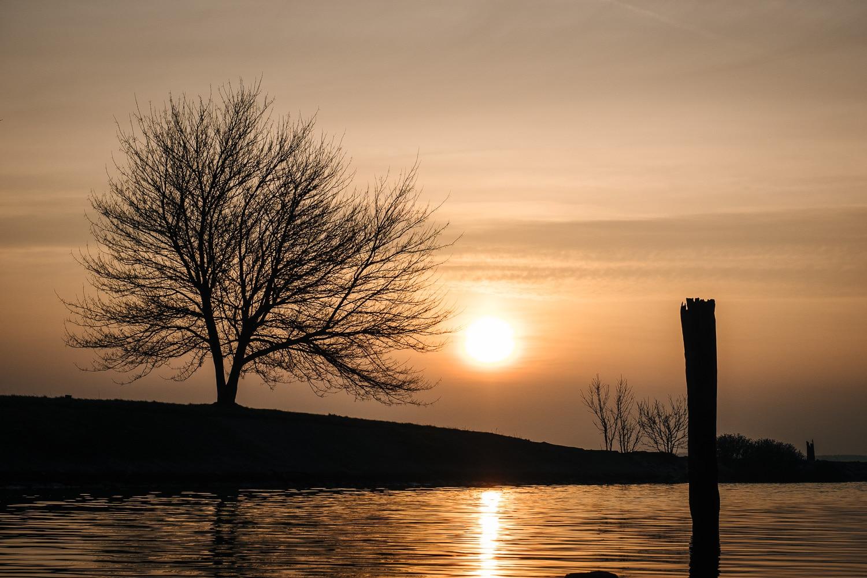 Sonnenaufgang auf dem Dänholm in Stralsund, (Foto copyright - Frank Weber - Berlin - fotologbuch.de)