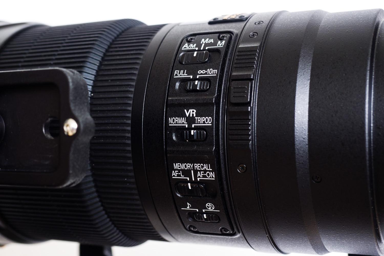Nikon AF-S 600mm 1:4G VR2 Schalter Focus und Stabilisator, (Foto copyright - Frank Weber - Berlin - fotologbuch.de)