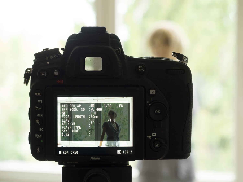 Test Belichtungsmessung (Matrixmessung Nikon), Autofokusfeld verschoben und Kamera nachträglich nicht ausgerichtet. (Foto copyright - Frank Weber - Berlin - fotologbuch.de)