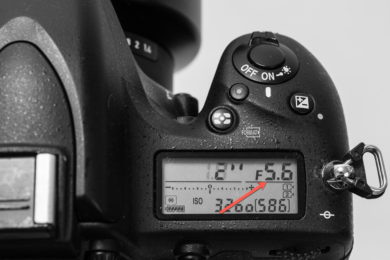 Einstellung Blende f5.6 - Anzeige im Display, (Foto copyright - Frank Weber - Berlin - fotologbuch.de)