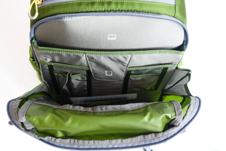 Mein neuer Fotorucksack, Fach Zubehör vorne - Mindshift Gear Backlight 26 Liter Outdoor, (Foto copyright - Frank Weber - Berlin - fotologbuch.de)