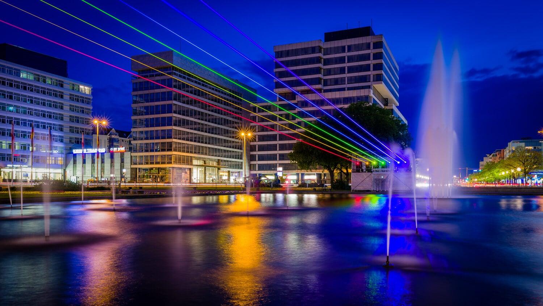 Global Rainbow von Yvette Mattern in Berlin, (Foto copyright - Frank Weber - Berlin - fotologbuch.de)