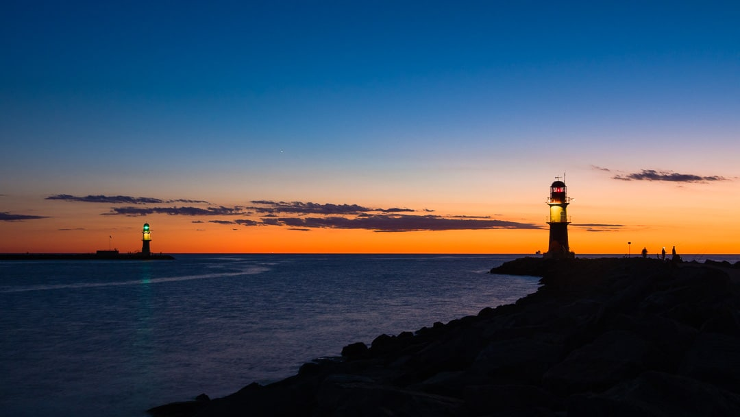 Sonnenuntergang in Warnemünde als Zeitraffer