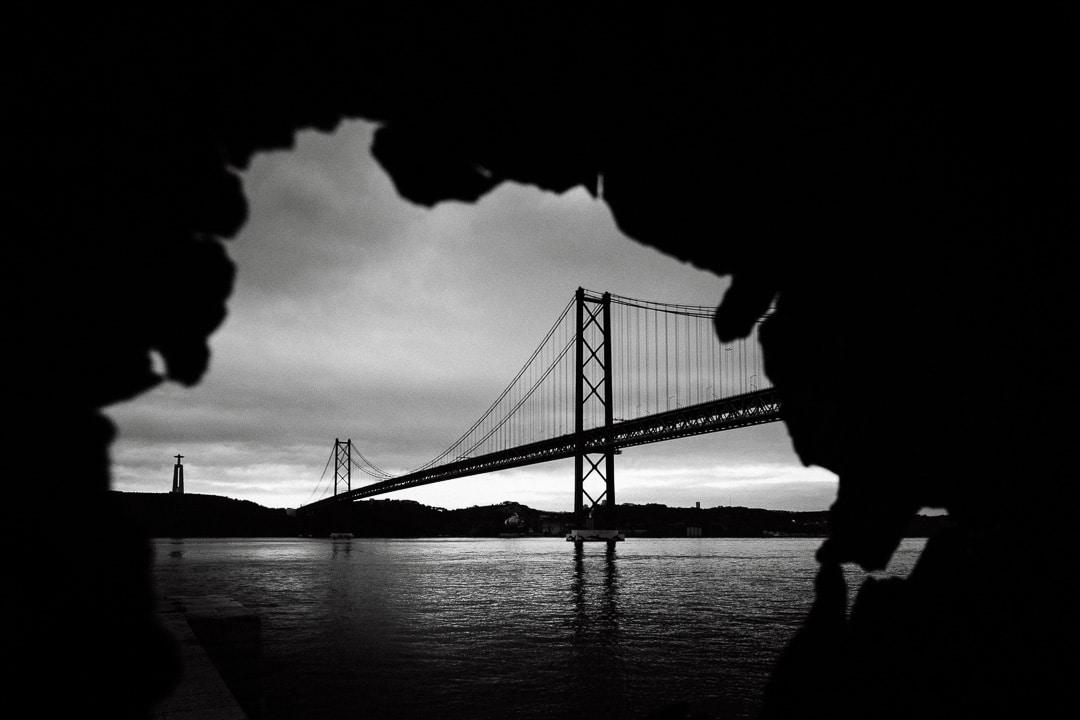 Ponte 25 de Abril Lissabon - Foto durch Rostloch, (Foto copyright - Frank Weber - Berlin - fotologbuch.de)