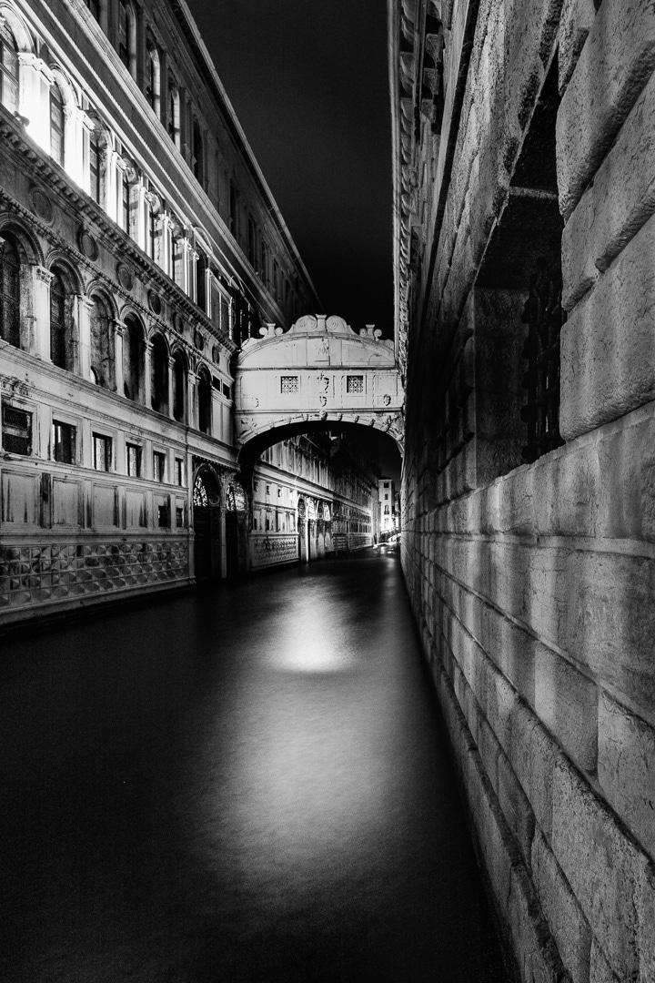 Die Seufzerbrücke in Venedig, (Foto copyright - Frank Weber - Berlin - fotologbuch.de)
