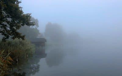 Morgenstimmung - Der Weßlinger See im Nebel, (Foto copyright - Frank Weber - Berlin - fotologbuch.de)