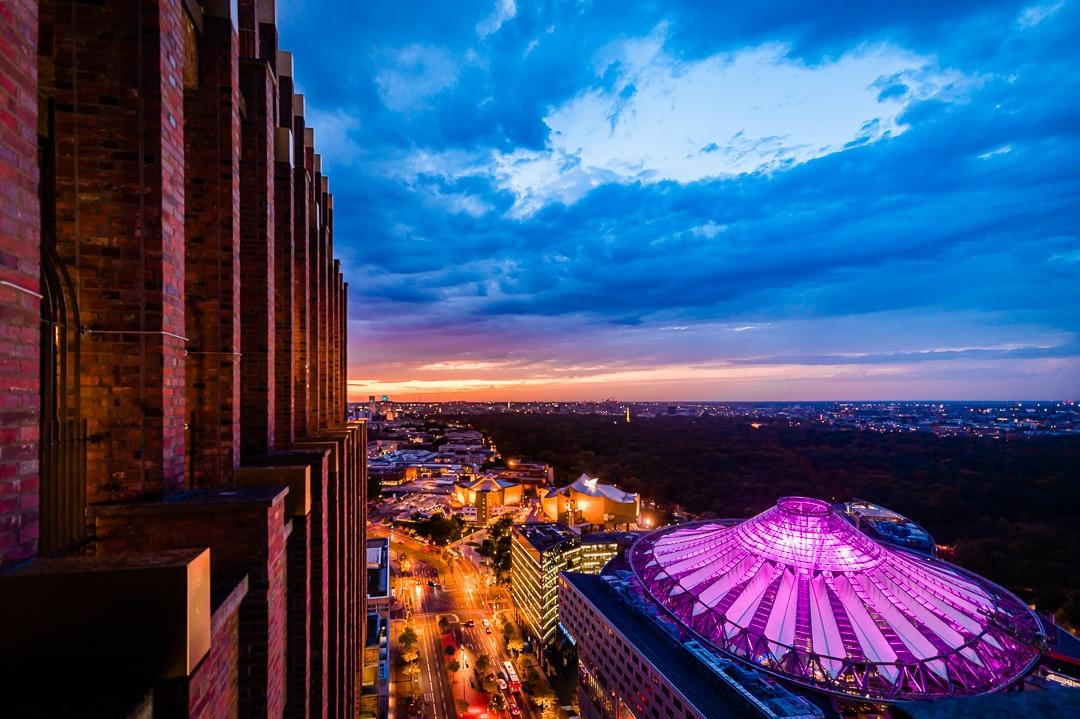 Sonnenuntergang in Berlin - Blick vom Panoramapunkt in Berlin, (Foto copyright - Frank Weber - Berlin - fotologbuch.de)