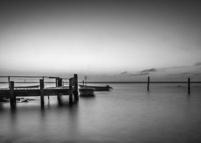 Im Hafen von Vitt auf Rügen – Langzeitbelichtung in schwarzweiß