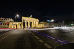 Beispielfoto Langzeitbelichtung - Berlin Brandenburger Tor, (Foto copyright - Frank Weber - Berlin - fotologbuch.de)