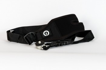 Kameragurt von Custom SLR mit C-Loop, (Foto copyright - Frank Weber - Berlin - fotologbuch.de)