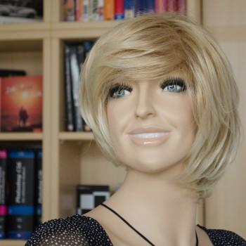 Debby Portrait mit Kitobjektiv - Blende 5.6